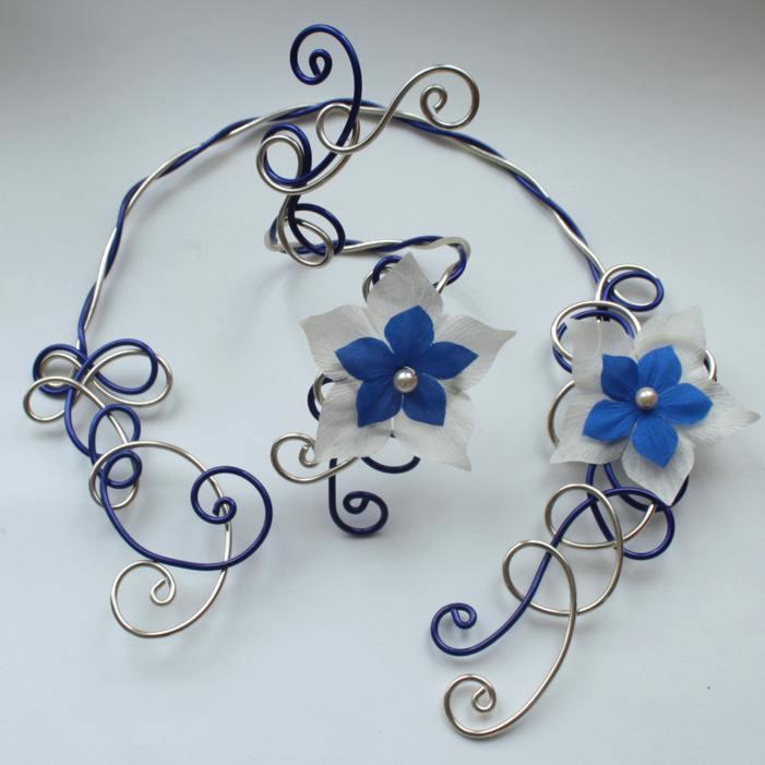 Parure mariage fleurs bleu et champagne