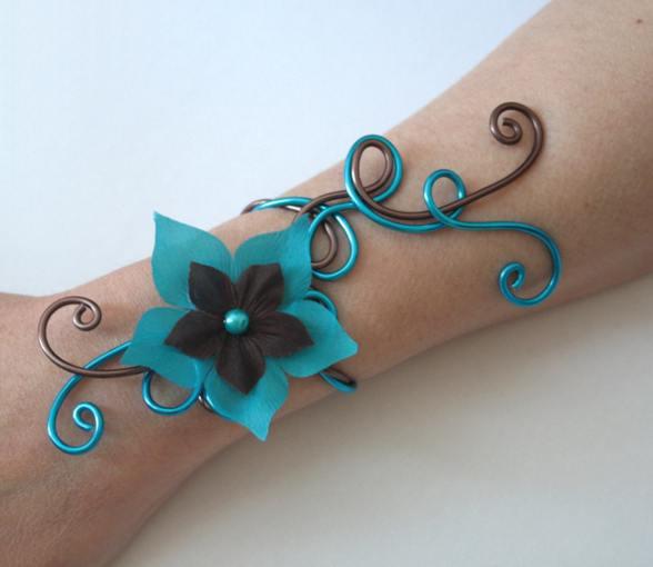 Bracelet mariage fleur chocolat et turquoise