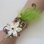 Bracelet_mariage_vert_chocolat_plumes