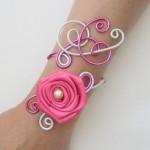 Bracelet_mariage_blanc_nacré_fuchsia_+_rose