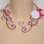 Collier_mariage_fuchsia_argent_rose_blanche