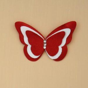 Broche ou boutonnière mariage papillon rouge et blanc