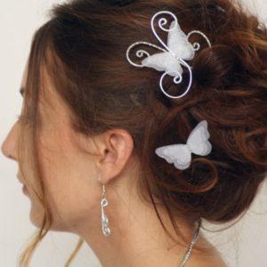 Epingles à cheveux mariage papillon argent blanc pailleté