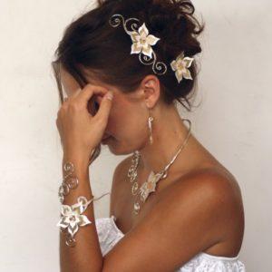 Parure mariage fleur ivoire et or