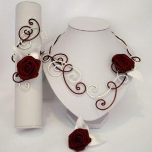 collier, bracelet, broche en ivoire et bordeaux