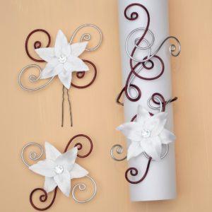 Bracelet broche épingle bordeaux argent fleur blanche